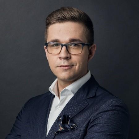 Piotr Lembas, CFA